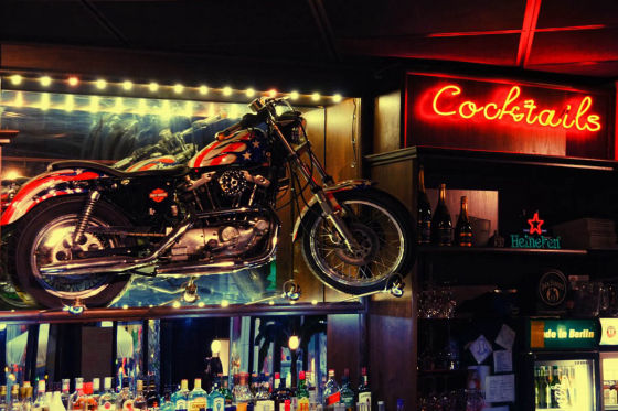 motor cycle pubs and restaurants